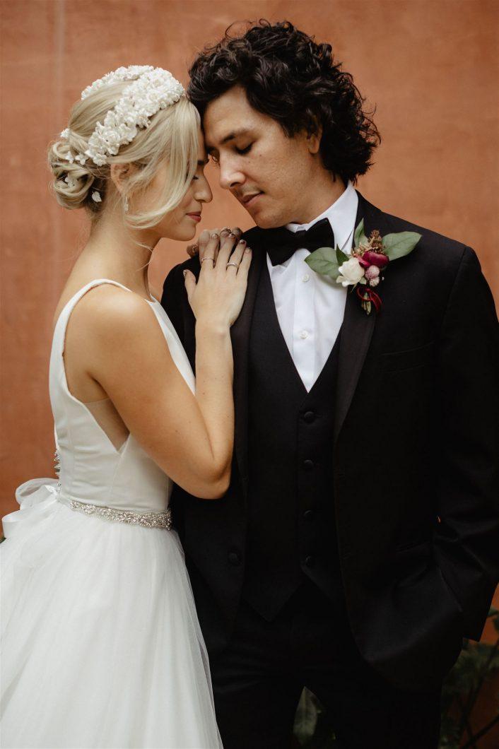 Wedding couple hugging | Brocoff Photography